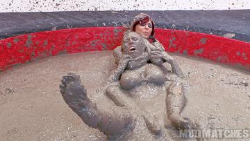 Sarah Brooke Samantha Grace choke hold mud wrestling