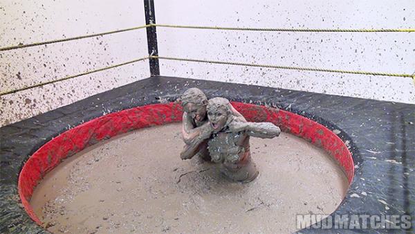 Sarah Brooke Samantha Grace choke bikin mud wrestling topless